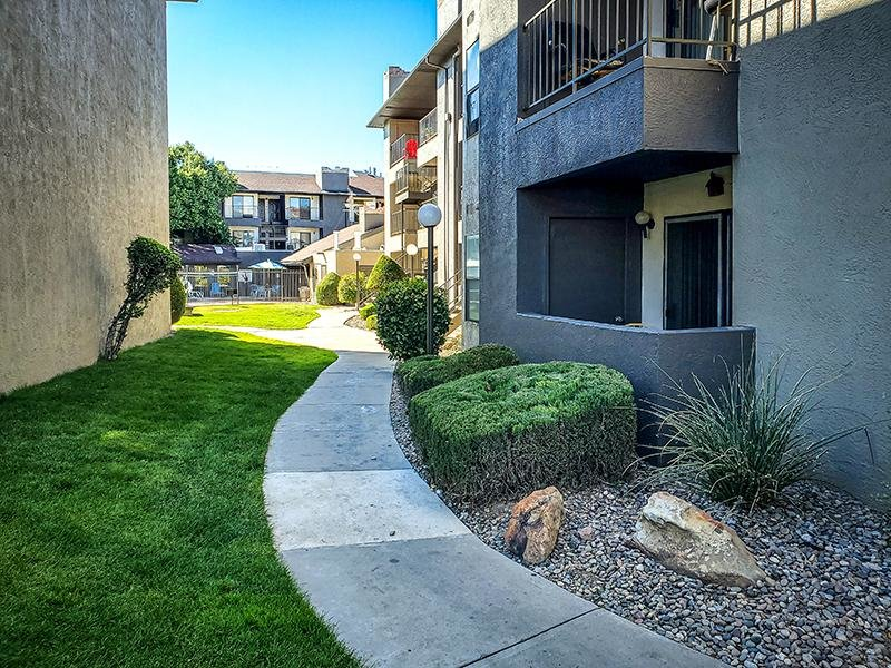 Trail | Candlelight Square Apartments