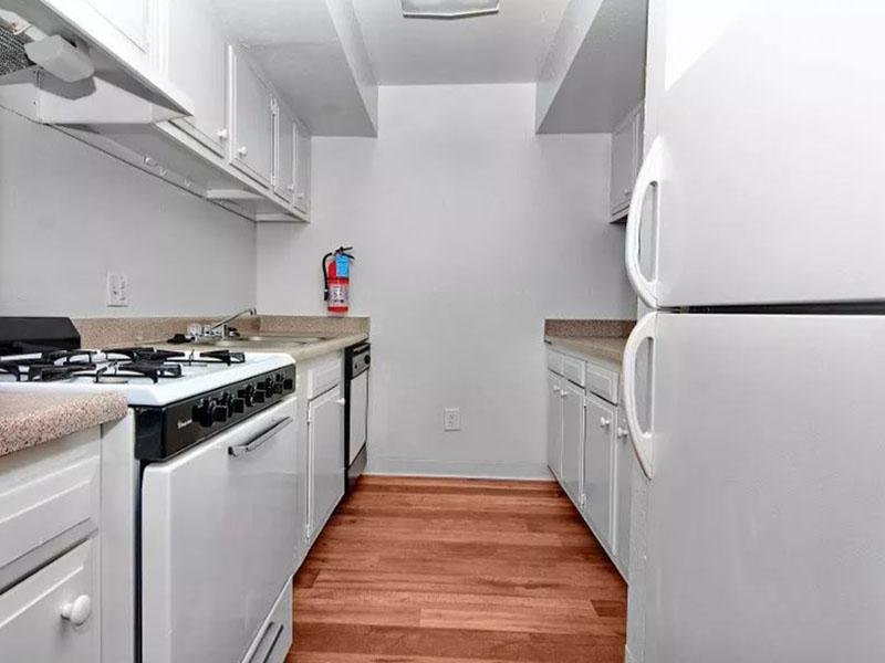 Kitchen | Indigo Park Apartments