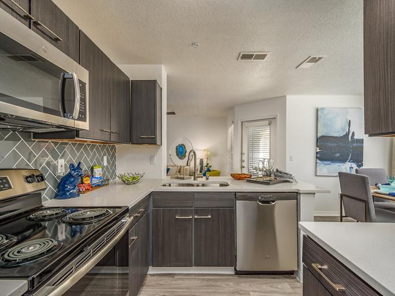 Fully Equipped Kitchen | La Ventana in Albuquerque, NM