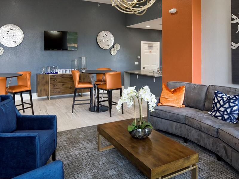 Lobby | La Ventana Apartments in Albuquerque, NM
