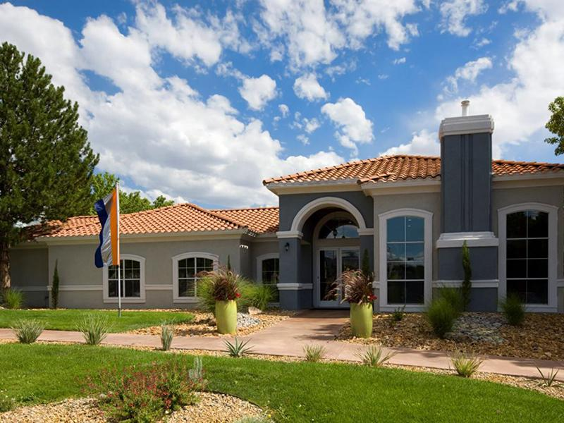 Clubhouse Exterior | La Ventana in Albuquerque, NM