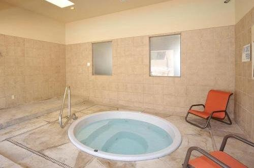 Hot Tub | The Villas at La Privada