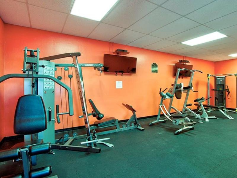 Gym | Oak Tree Park Apartments