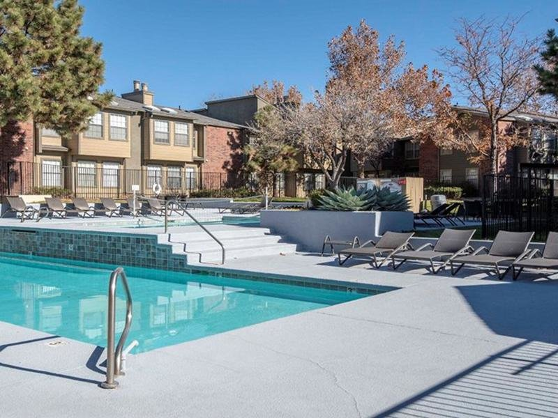 Pool | Oak Tree Park Apartments