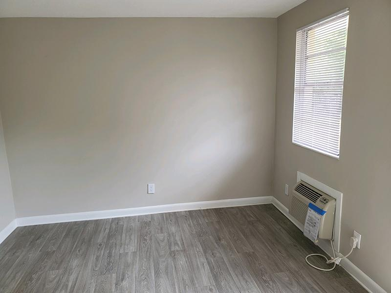 Living Room | 1111 Woodruff