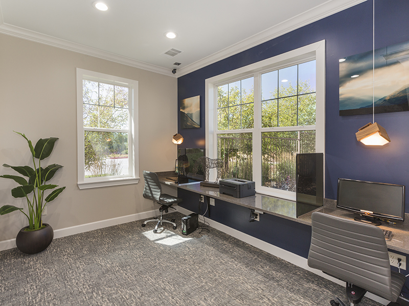 Business Center | Peaks at Woodmen Apartments in Colorado Springs, CO