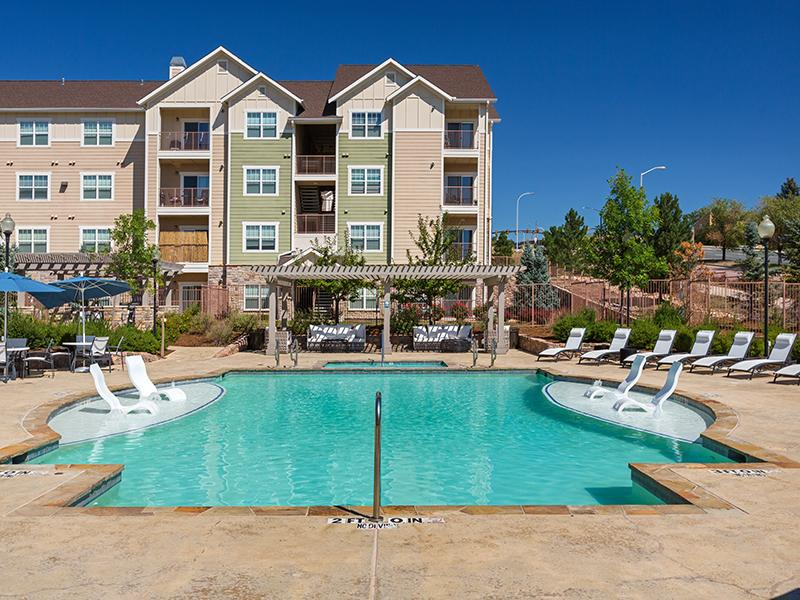 Swimming Pool | The Peaks at Woodsmen Apartments