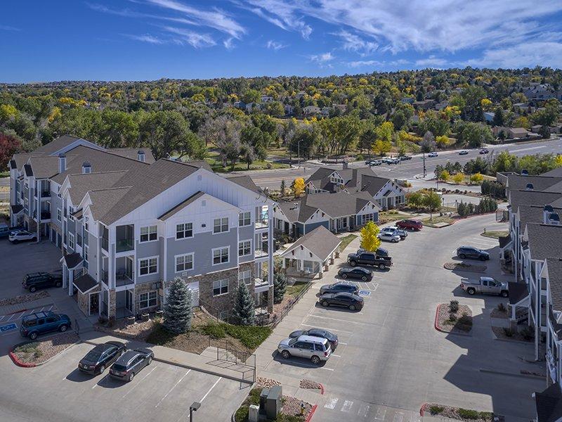 Parking | Peaks at Woodmen Apartments in Colorado Springs, CO