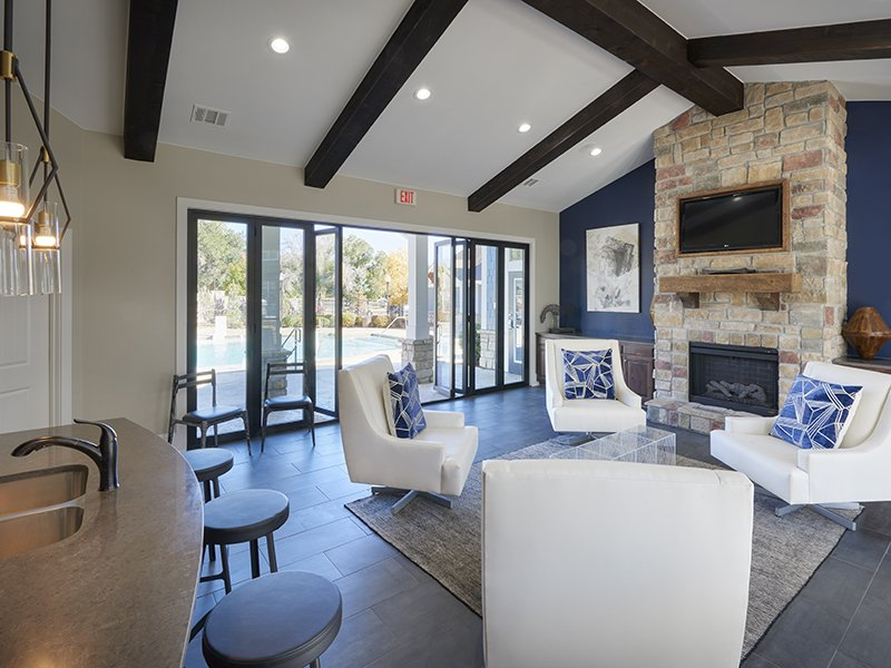 Clubhouse Lobby | Peaks at Woodmen Apartments in Colorado Springs, CO