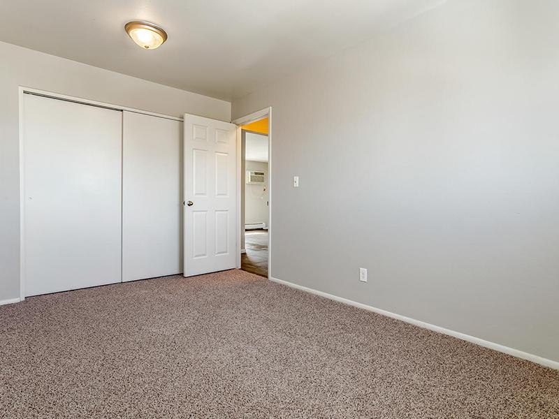 Room | Bridge Square Apartments