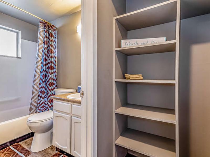 Bathroom | Bridge Square Apartments