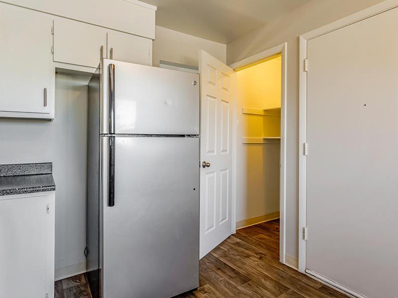 Stainless Steel Appliances  | Bridge Square Apartments