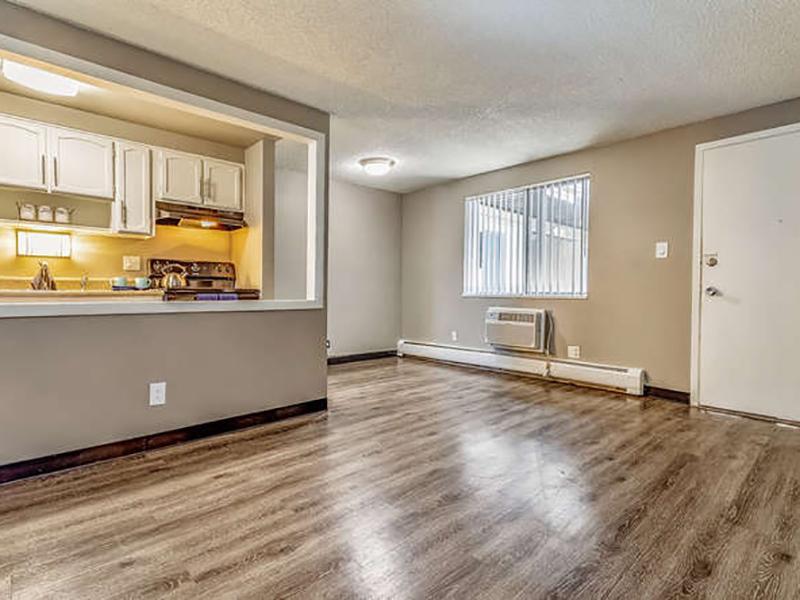 Family Room | Bridge Square Apartments