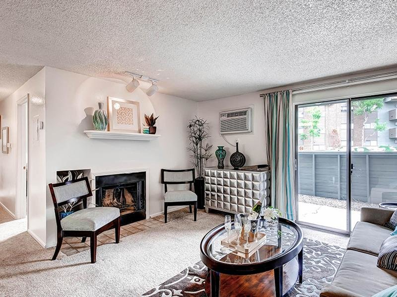 Front Room | Ascend at Red Rocks Apartments in Lakewood, CO