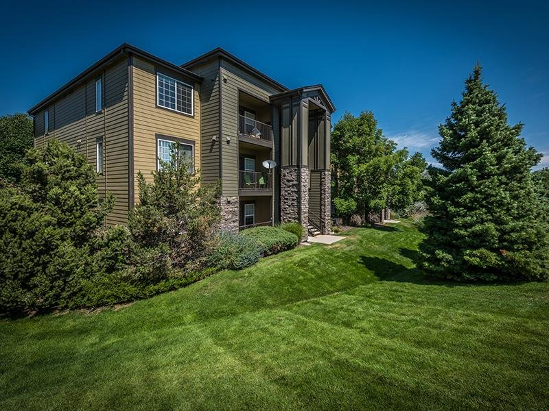 Exterior | Elevate at Red Rocks Apartments in Lakewood, CO