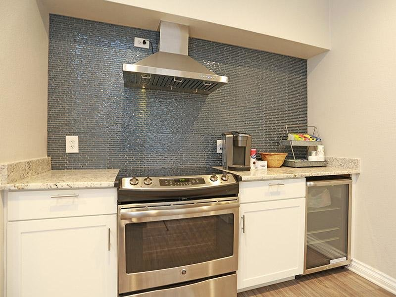 Clubhouse Kitchen | Elevate at Red Rocks Apts in Lakewood, CO