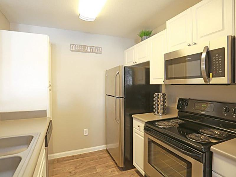 Kitchen | Apartments in Lakewood, CO