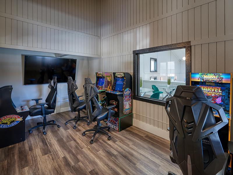 Apartment Clubhouse Game Room | Park at Palmer Colorado Springs