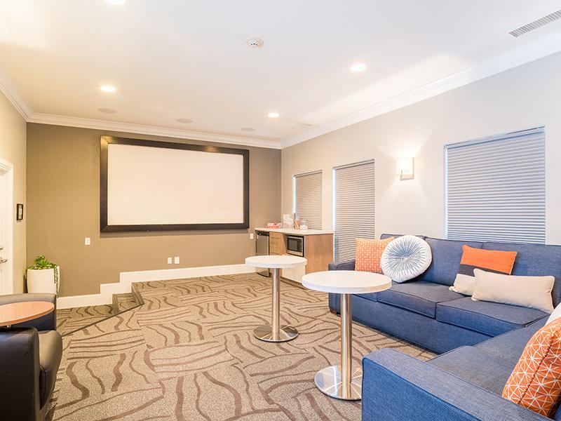 Lobby   Regatta Apartments