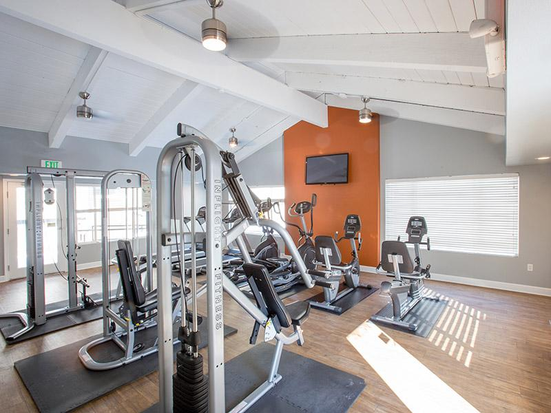 Fitness Area   Timber Lodge Apartments