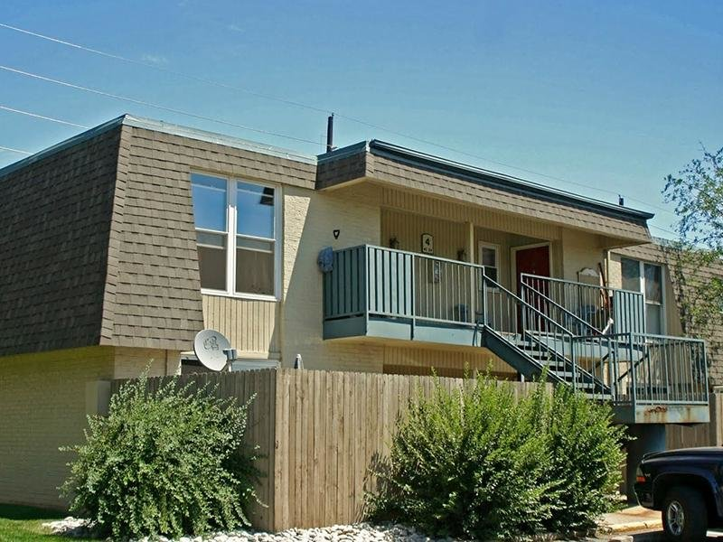 Exterior | Parkview Terrace Apartments in Thornton, CO