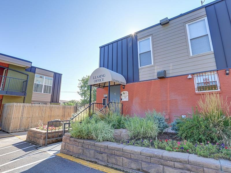 Leasing Office | Parkview Terrace Apartments in Thornton, CO