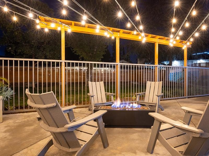 Firepit Lounge | The Villas at Anaheim Hills