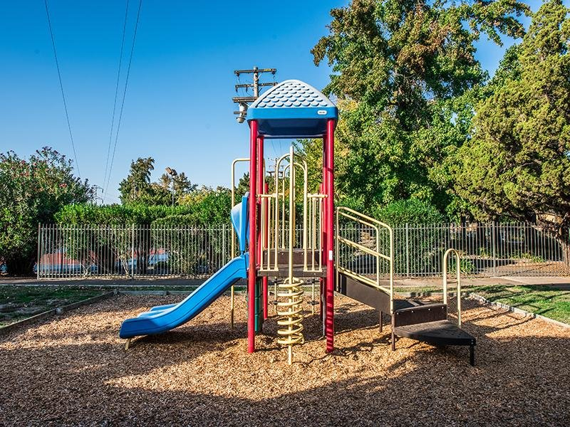 Playground | The Eleven Hundred Apartments in Sacramento