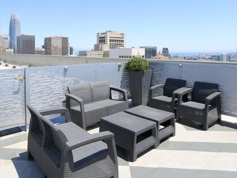 Rooftop Deck | The Pinnacle at Nob Hill