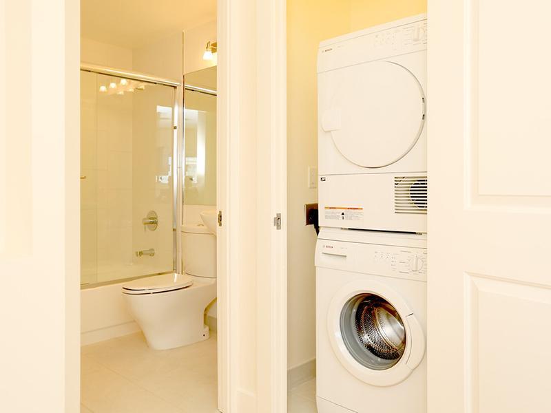 Laundry | The Pinnacle at Nob Hill Apartments