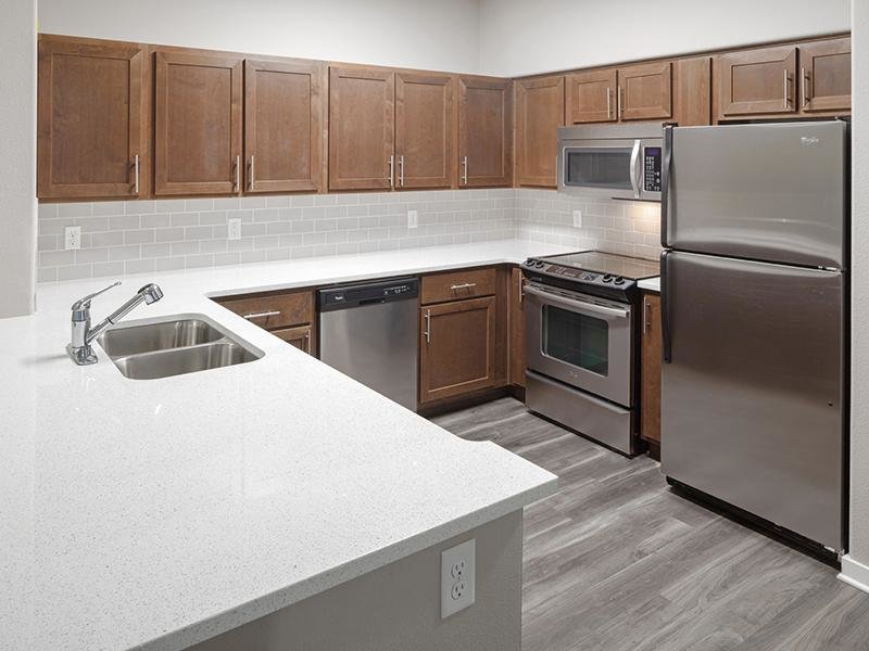 Renovated Kitchen | Jory Trails at the Grove