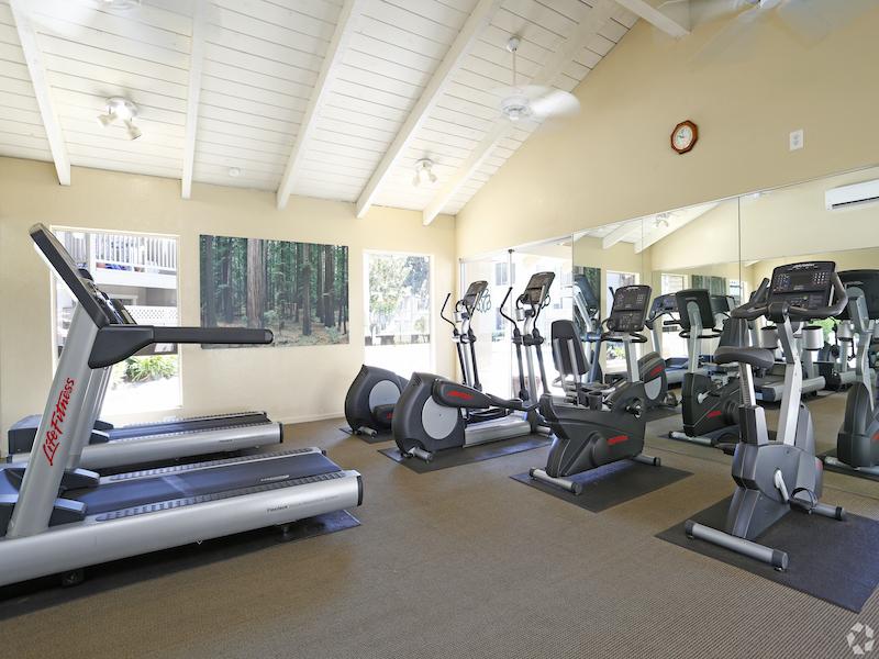 Casa Arroyo | Apartment Fitness Center