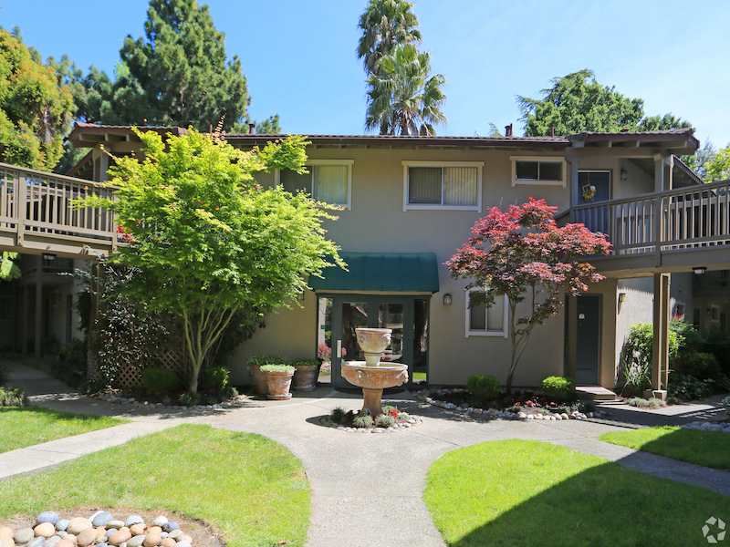Casa Arroyo | Apartments in Fremont
