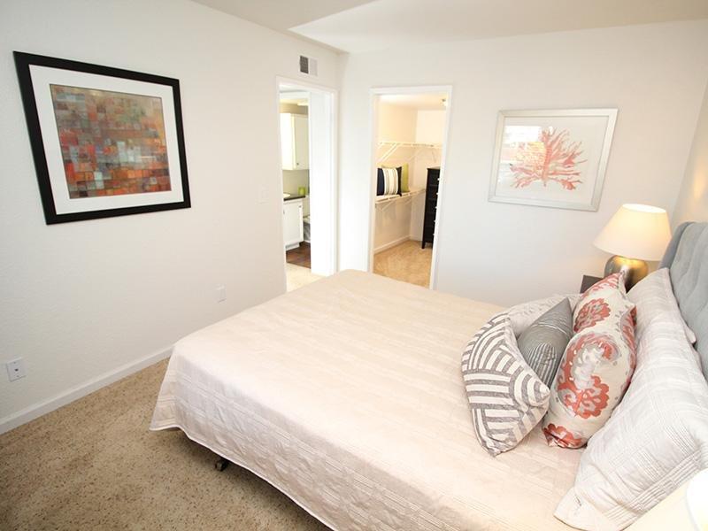 Master Bedroom   The Charleston Apartments