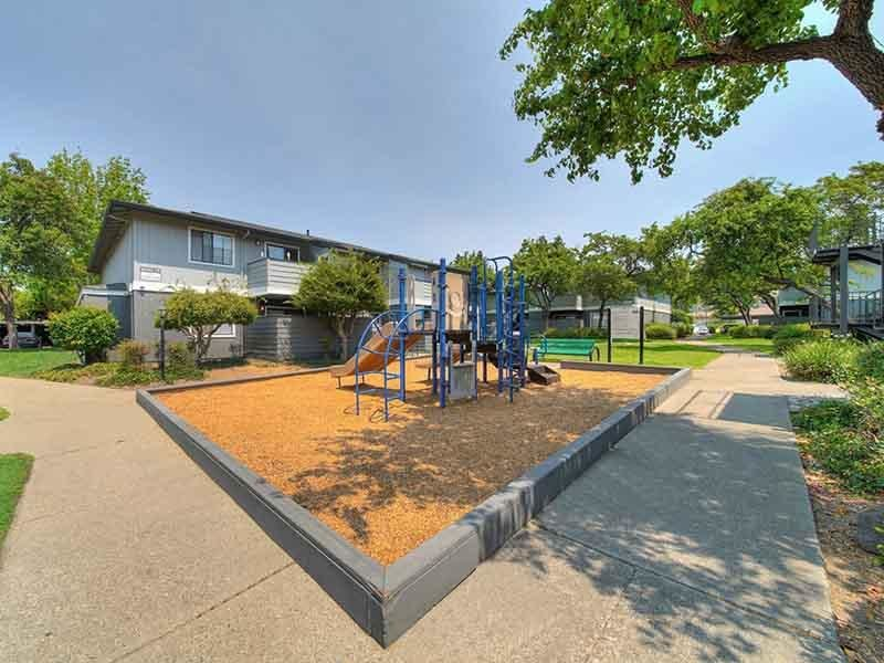 Playground | Parkside Commons Apartments in San Leandro, CA