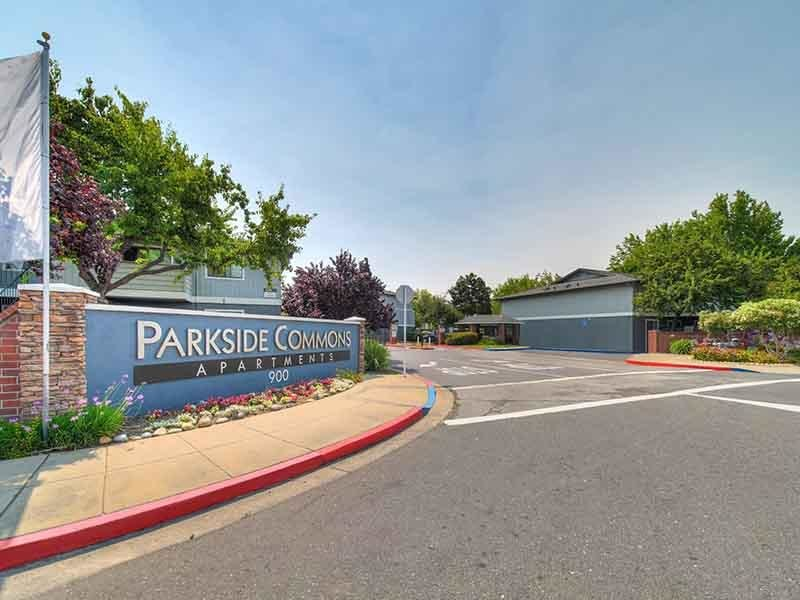 Welcome Sign | Parkside Commons Apartments in San Leandro, CA