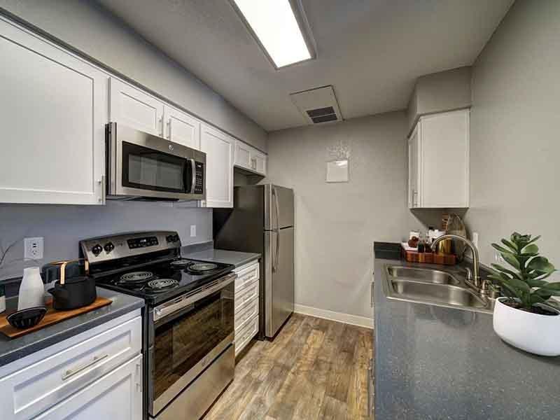 Kitchen   San Leandro Apartments
