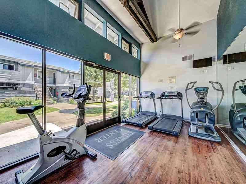 Gym | Parkside Commons Apartments in San Leandro, CA