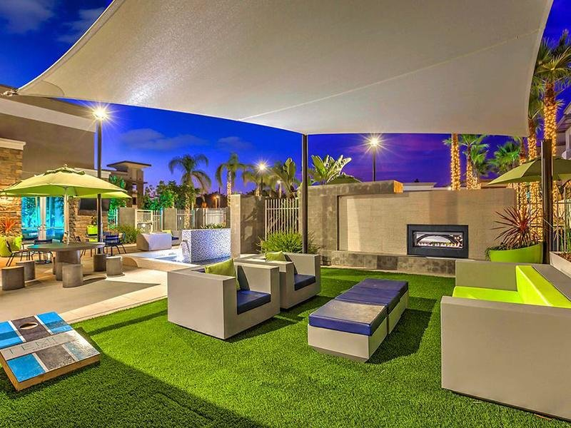 Outdoor Fire Place | Tempo Riverwalk