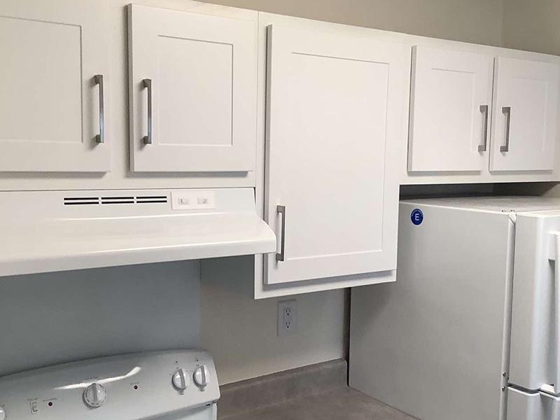 Kitchen Cabinets   Parkside Villa Apartments in Fairfield, CA