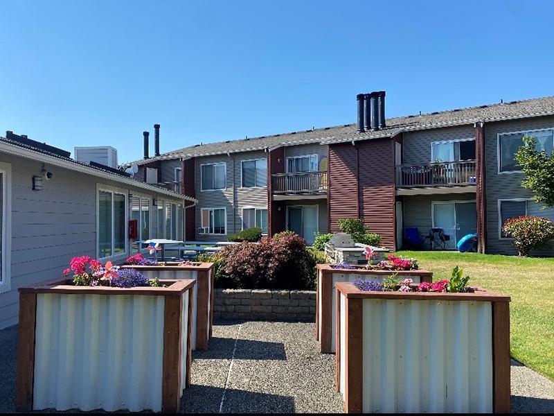 Flower Garden | Pointe East Apartments in Fife WA
