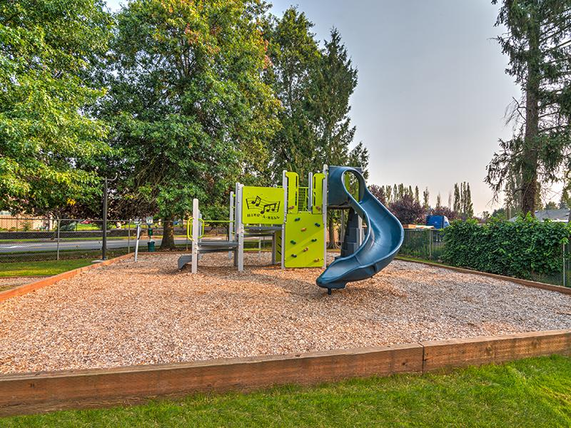 Playground | Pointe East Apartments in Fife WA
