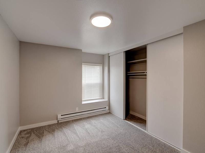 Spacious Bedroom | Magnolia Apartments