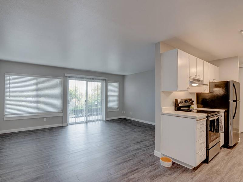 Front Room & Kitchen | Magnolia Apartments