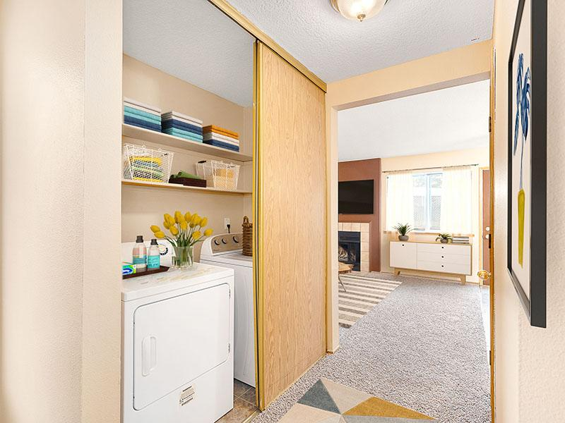 Washer & Dryer | Van Plaza Apartments in Vancouver, WA