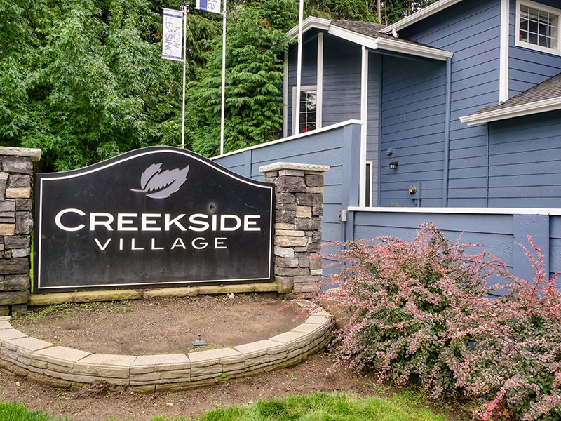 Welcome Sign | Creekside Village