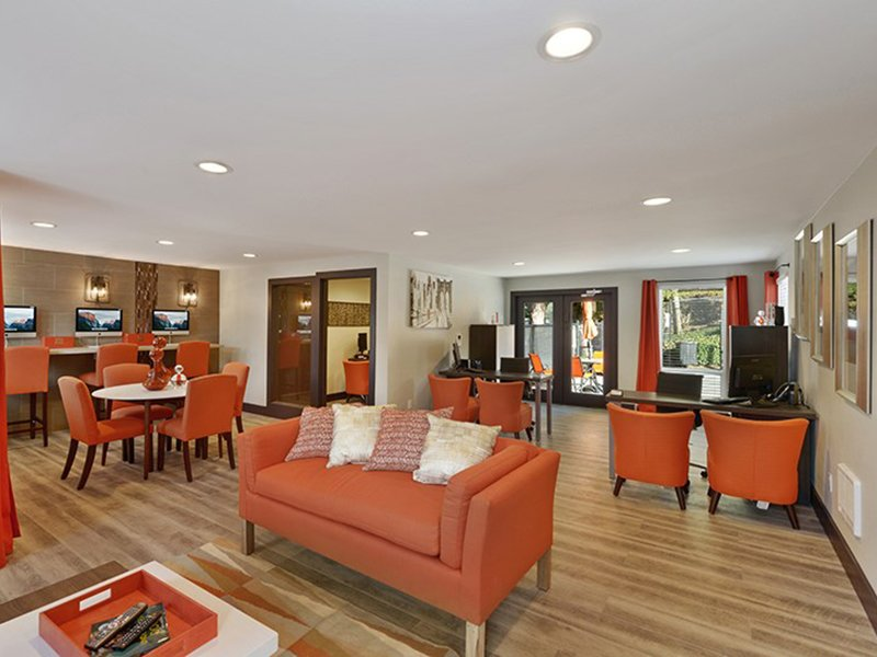 Clubhouse Interior | The Row Apartments