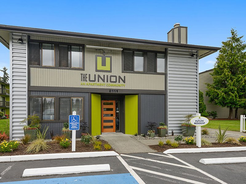 Clubhouse Exterior | The Union