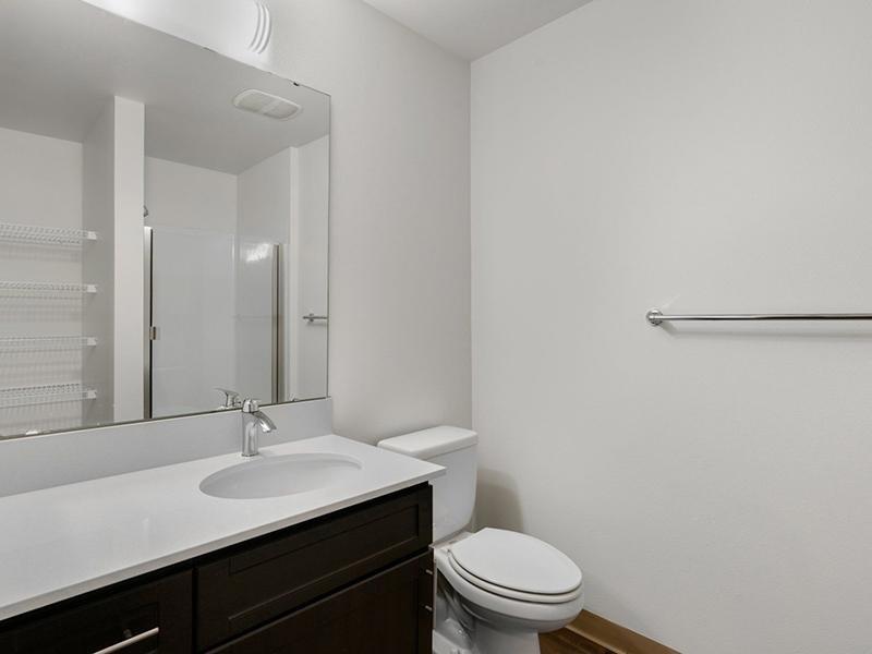 Bathroom   999 Hiawatha