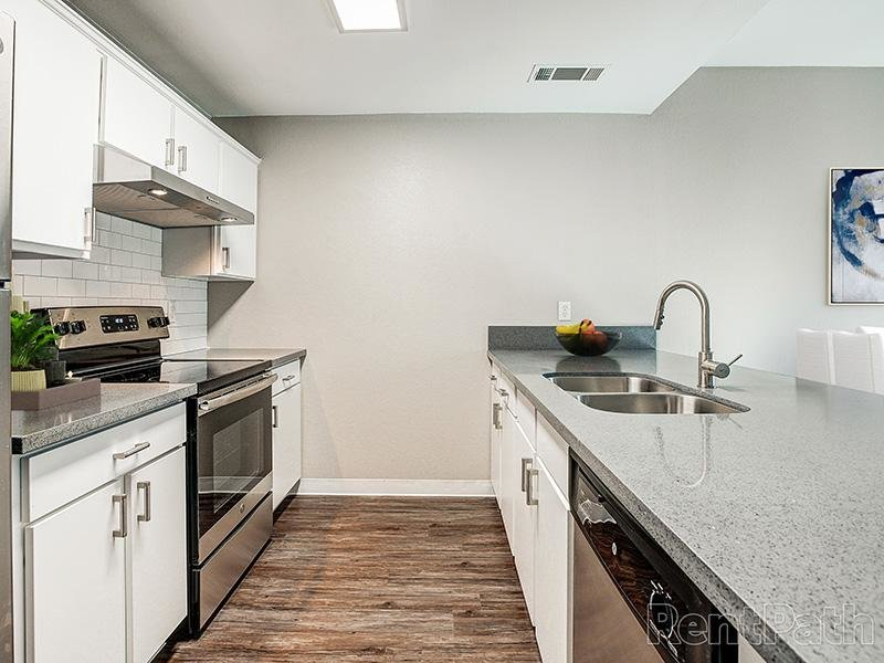Kitchen | Ascent Townhome Apartments Apartments